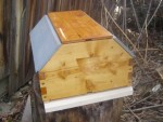 Barn hive with inner cover